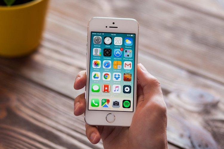 POSIBLEMENTE APPLE LANZARÁ UN IPHONE MÁS BARATO QUE EL IPHONE 8