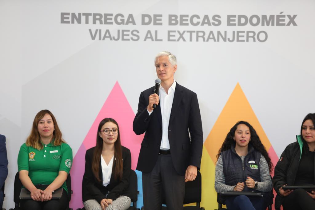 ANUNCIA ELGOBERNADOR ALFREDO DEL MAZO LA ENTREGA DE 130 MIL BECAS PARA ESTUDIANTES MEXIQUENSES DESTACADOS