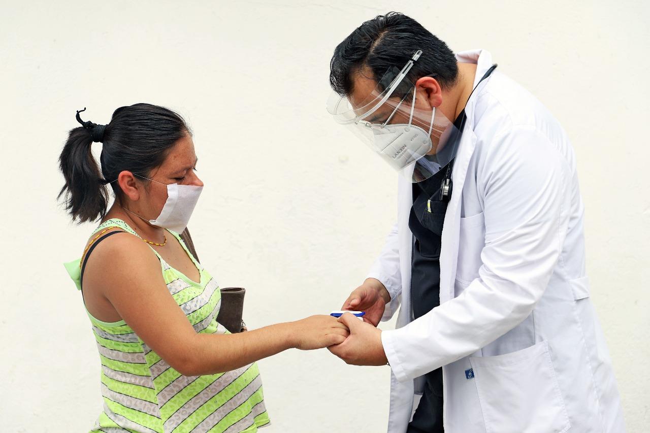 BUSCA ASISTENCIA PRIVADA APOYAR A MÉDICOS Y HOSPITALES QUE ATIENDEN A PACIENTES CON COVID-19