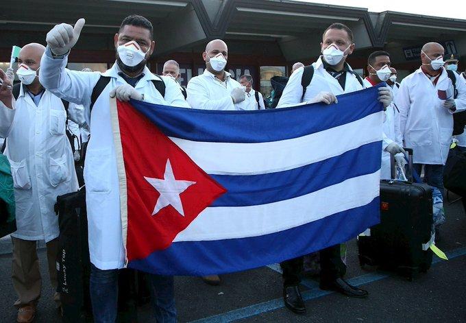 CUBA ENVÍA 10 MÉDICOS A MÉXICO PARA COMBATIR AL COVID-19