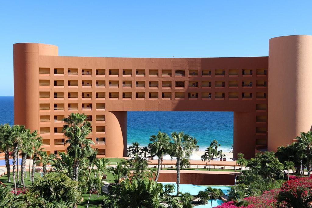 LOS CABOS SUSPENDEN REAPERTURA DE HOTELES PREVISTA PARA EL 1 DE JUNIO