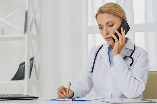 COMPAÑÍA TELEFÓNICA REGALA 3 MESES DE SERVICIO A PERSONAL MÉDICO
