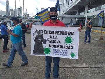PROTESTAN EN PANAMÁ POR LEVANTAMIENTO DE CUARENTENA